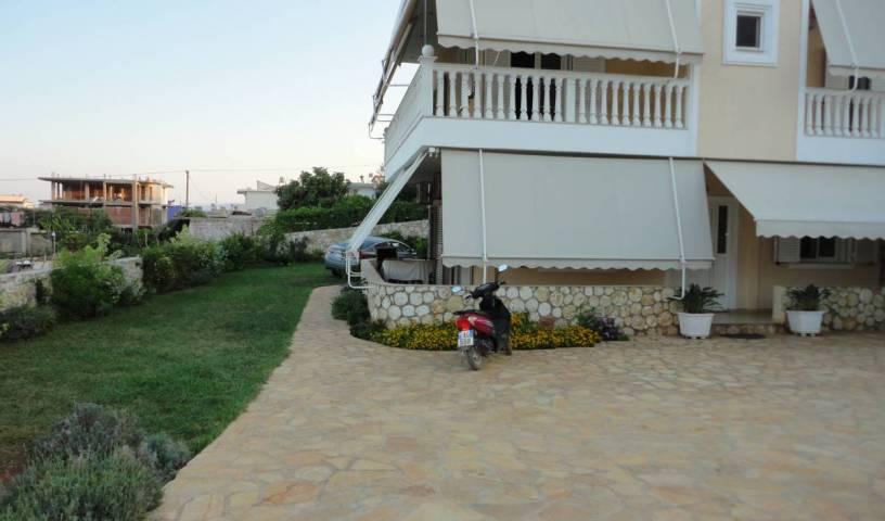 Oruci Apartments - Get cheap hostel rates and check availability in Ksamil 36 photos