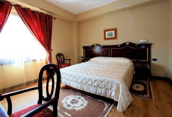 Hotel Victoria, Tirana, Albania, Albania cama y desayuno y hoteles