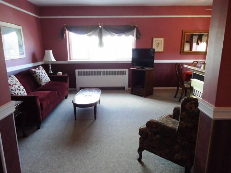 Glenora Bed Breakfast Inn