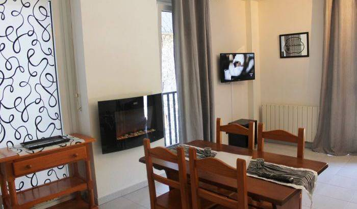Appartements Near Telecabin Ski Arinsal, compare with the world's largest hostel sites 8 photos