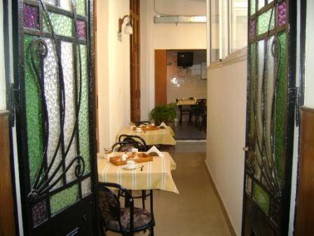 Casablanca Inn Hostel, Rosario, Argentina, more hostel choices for great vacations in Rosario