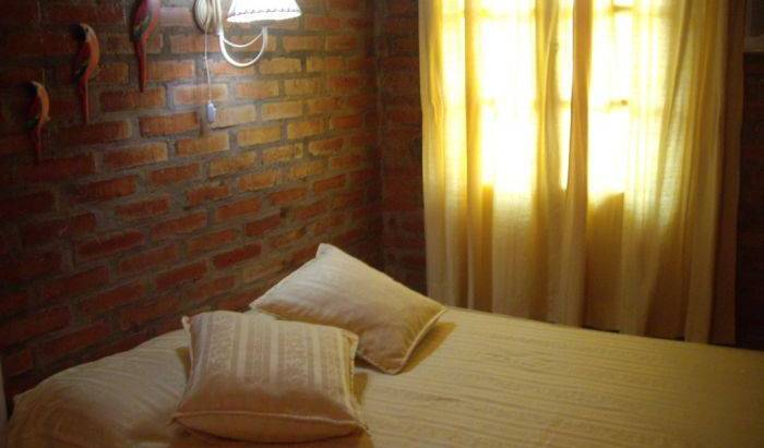 Azaleas Place Guest House, choice bed & breakfasts in Misiones, Argentina 12 photos