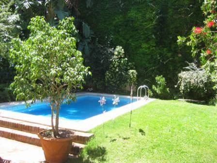 Flores Del Sol Bed and Breakfast, Buenos Aires, Argentina, Argentina кровать и завтрак и отели