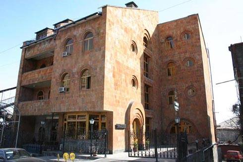 Bass Hotel, Yerevan, Armenia, Armenia hostels and hotels