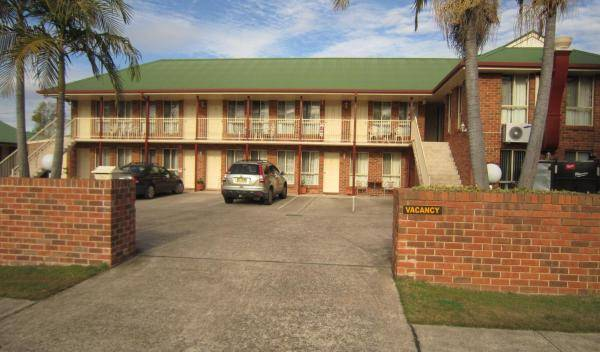 Aussie Rest Motel -  Cessnock-Hunter Valley 5 photos