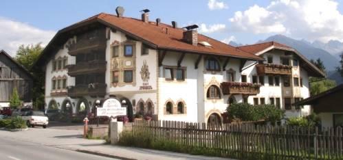 Hotel Tyrolis, Zirl, Austria, hostels in safe neighborhoods or districts in Zirl