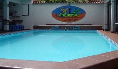 Jodanga Backpackers Hostel - Search for free rooms and guaranteed low rates in Santa Cruz 2 photos