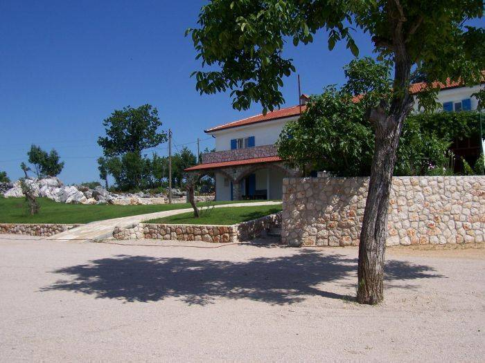 Agroturizam Marica Gaj, Grude, Bosnia and Herzegovina, backpackers gear and staying in hotels or budget bed & breakfasts in Grude