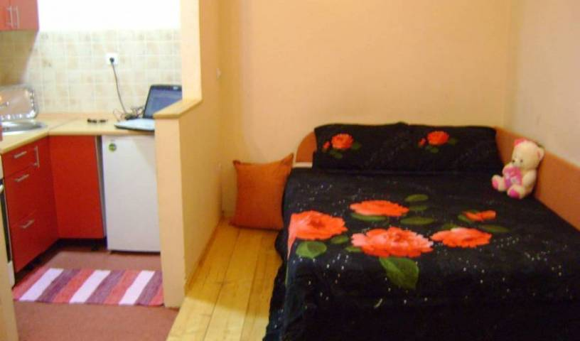 Apartman Aarbela, top destinations 3 photos