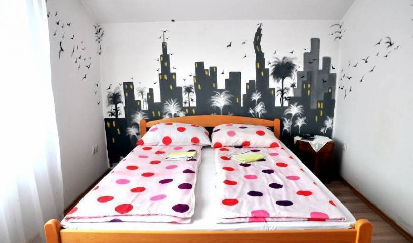 Hostel Room -  Banja Luka, affordable hotels 17 photos
