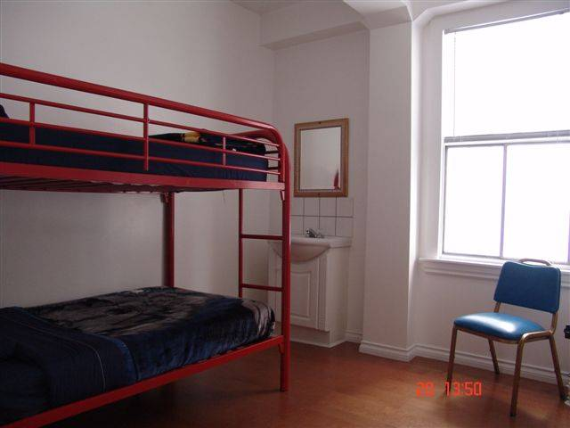 C and N Backpackers Hostel, Vancouver, British Columbia, British Columbia hostels and hotels