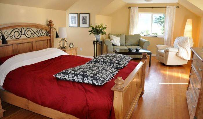 Packhouse Bed and Breakfast, top rated holidays 5 photos