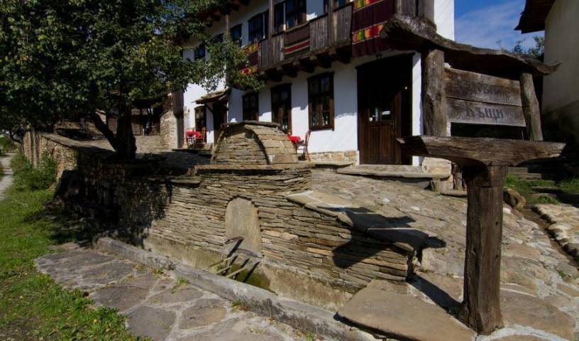 Dedovite Kashti - Search available rooms and beds for hostel and hotel reservations in Stefanovo 36 photos
