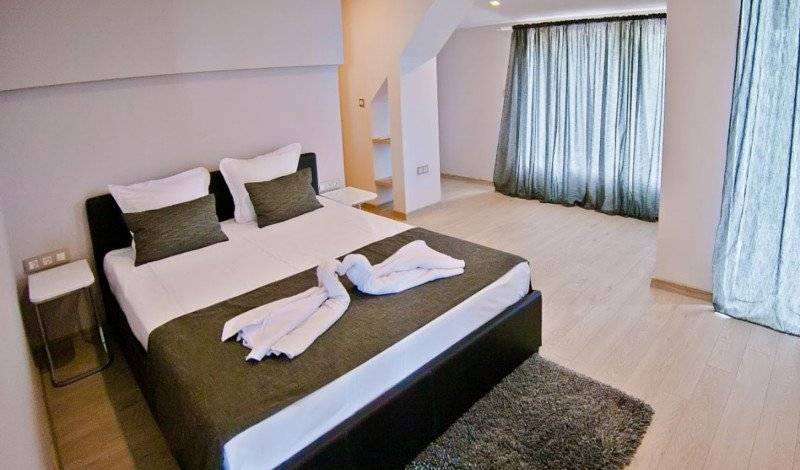 Family Hotel Amfora - Search for free rooms and guaranteed low rates in Varna 10 photos