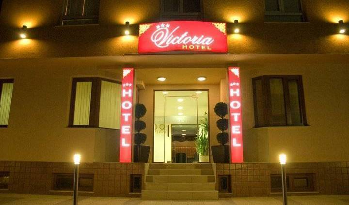 Hotel Victoria - Get cheap hostel rates and check availability in Varna 13 photos