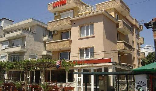 Laguna Hotel  Kraimorie Black Sea - Search for free rooms and guaranteed low rates in Burgas, youth hostel and backpackers hostel world accommodations in Burgas, Bulgaria 7 photos