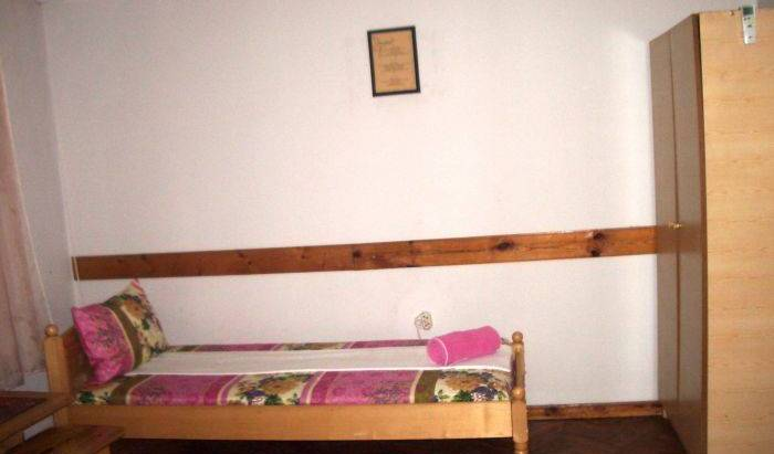 Sky Rooms, best booking engine for hostels in Oblast Pernik, Bulgaria 6 photos