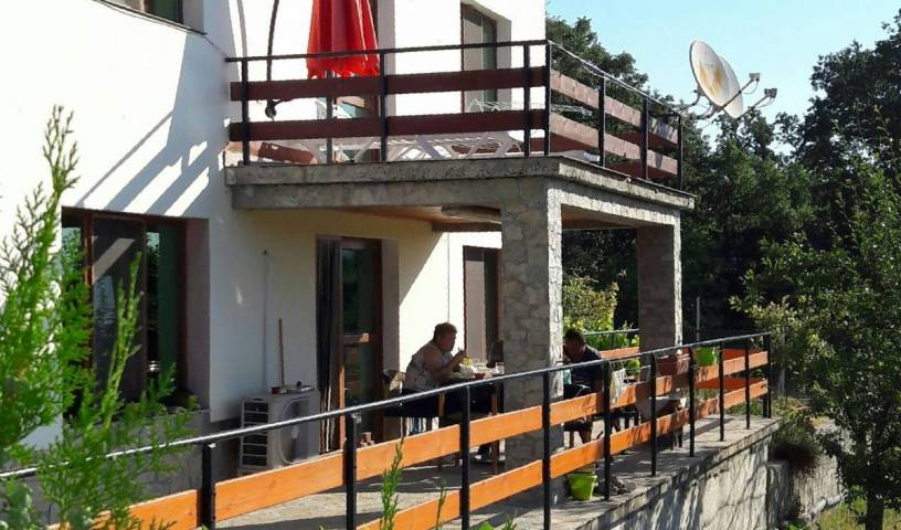 Mihaela Lake Retreat - Get cheap hostel rates and check availability in Kurdzhali 12 photos