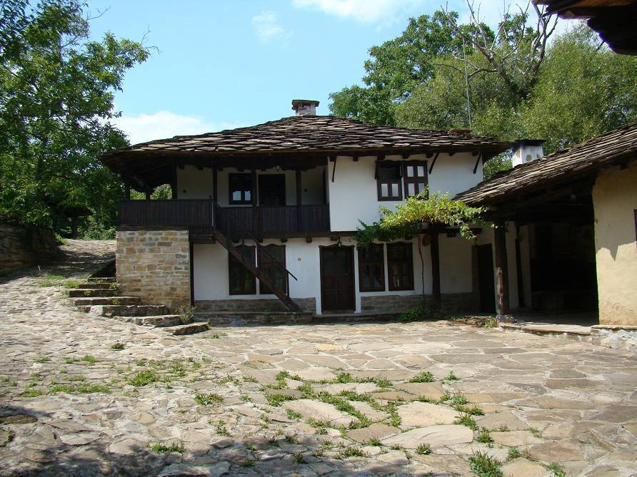 Dedovite Kashti, Stefanovo, Bulgaria, cool backpackers hostels for every traveler who's on a budget in Stefanovo