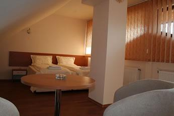 Guest House Prespa Bansko, Bansko, Bulgaria, find me hostels and places to eat in Bansko