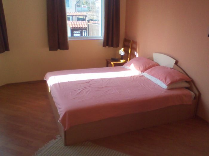 Ozzy's B and B, Avren, Bulgaria, your best choice for comparing prices and booking a hostel in Avren