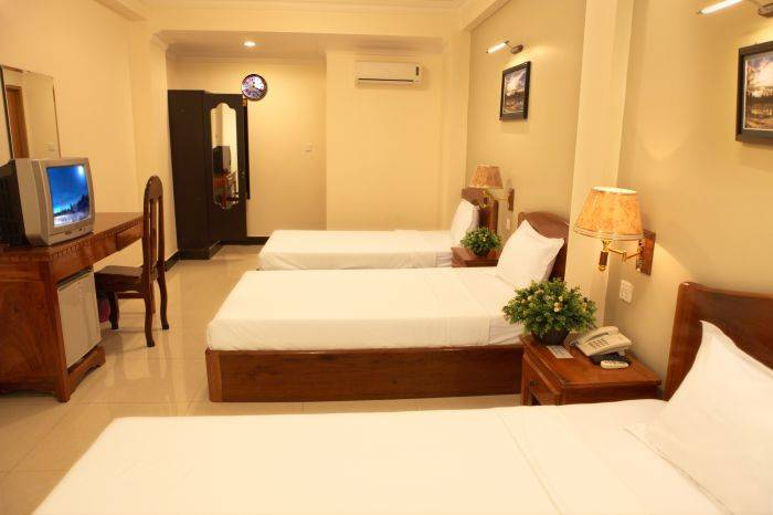 Hang Neak Hotel, Simpson Bay, Cambodia, Cambodia hostels and hotels