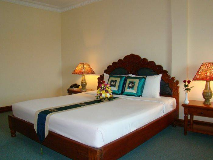 Majestic Angkor Hotel, Siem Reap, Cambodia, bed & breakfasts with non-smoking rooms in Siem Reap