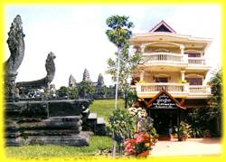 Popular Guest House, Siem Reap, Cambodia, stay in a bed & breakfast and meet the real world, not a tourist brochure in Siem Reap