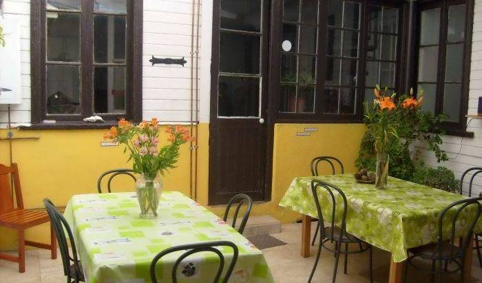 Casona de Chorrillos - Get cheap hostel rates and check availability in Vina del Mar 7 photos