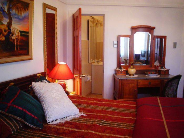 The Grand House, Valparaiso, Chile, excellent travel and bed & breakfasts in Valparaiso