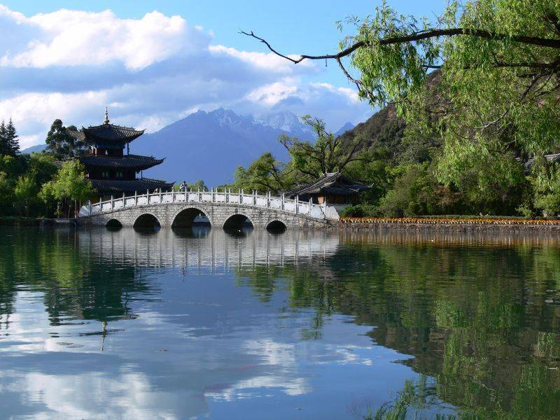 A Hidden Garden Lijiang, Lijiang, China, find amazing deals and authentic guest reviews in Lijiang
