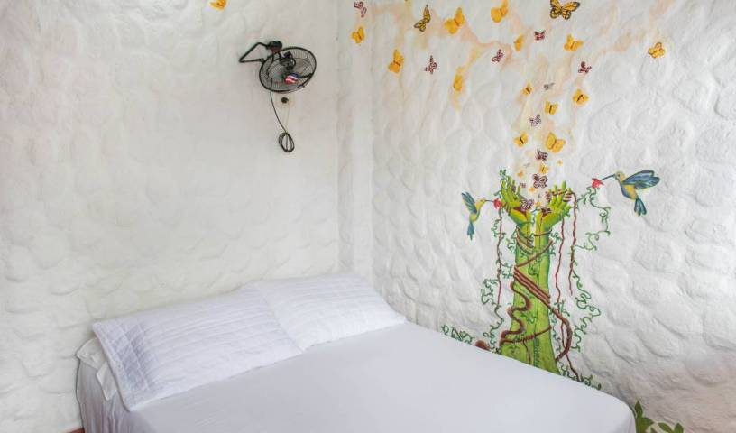 El Hostal de Jackie - Search for free rooms and guaranteed low rates in Santa Marta, backpacker hostel 45 photos