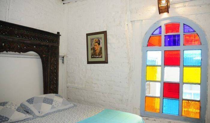 Lima Limon Candelaria Hostel, cheap hostels 17 photos