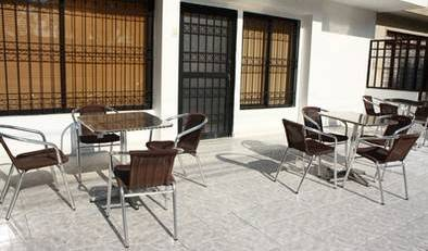 Pasadena Hostel - Search for free rooms and guaranteed low rates in Cali 12 photos