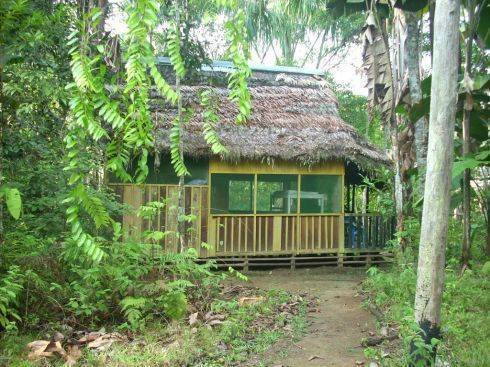 Omshanty Jungle Lodge, Leticia, Colombia, how to spend a holiday vacation in a bed & breakfast in Leticia
