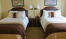 AAE Denver Ramada - Search available rooms and beds for hostel and hotel reservations in Denver 3 photos