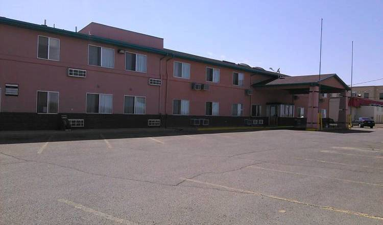 EconoLodge -  La Junta, bed and breakfast bookings 22 photos