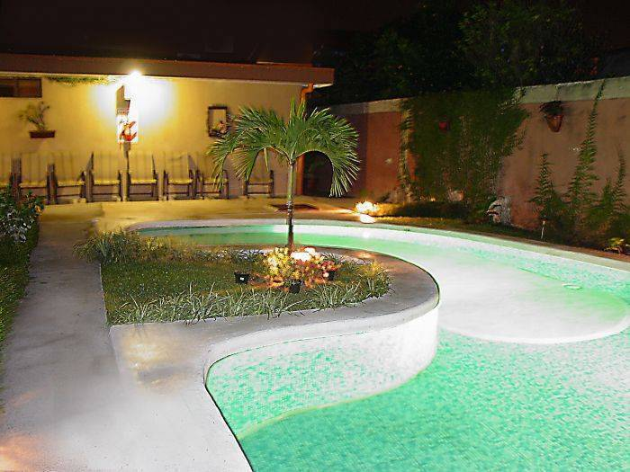 Berlor Airport Hotel, Alajuela, Costa Rica, Costa Rica hostels and hotels