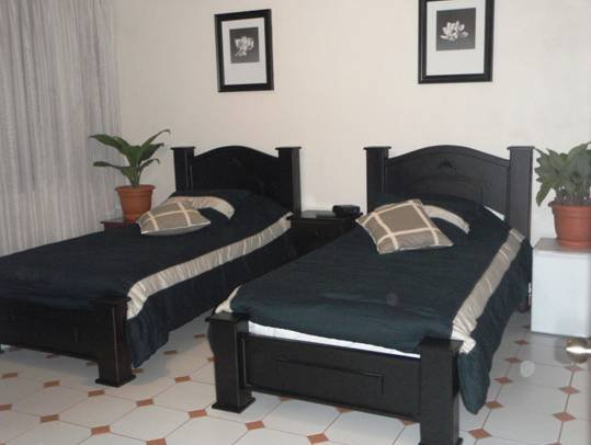 Casa Lima, San Jose, Costa Rica, bed & breakfasts in safe locations in San Jose