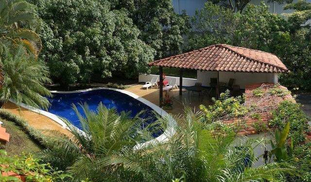 Airport Hotel Costa Rica, bed and breakfast bookings 10 photos