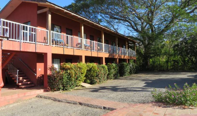 Cabinas Diversion Tropical - Search available rooms and beds for hostel and hotel reservations in Brasilito 1 photo
