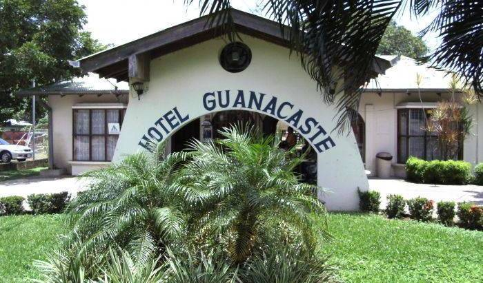 Hotel Guanacaste, cheap bed and breakfast 16 photos