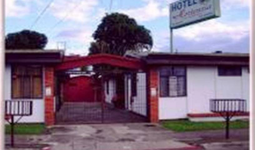 Hotel Hortensia - Get cheap hostel rates and check availability in Alajuela, how to choose a vacation spot in Pochotal, Costa Rica 8 photos