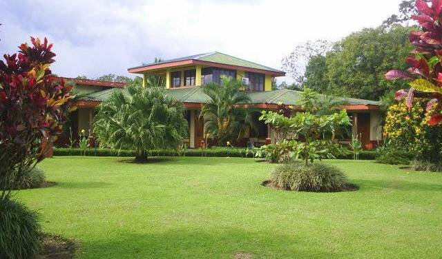 Hotel Jardines Arenal, popular lodging destinations and bed & breakfasts in Alajuela, Costa Rica 14 photos