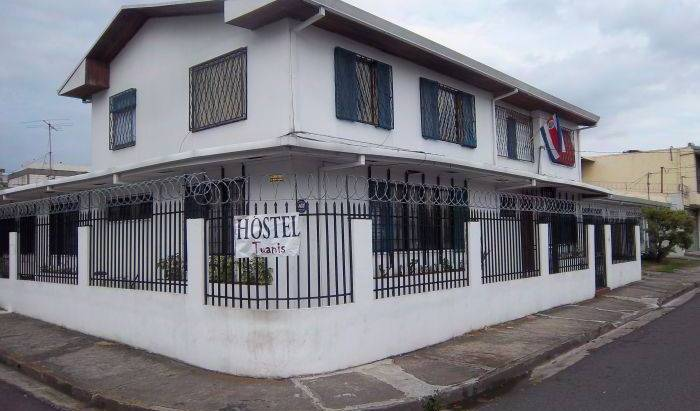 Tuanis Hostel -  San Pedro, bed and breakfast bookings 7 photos