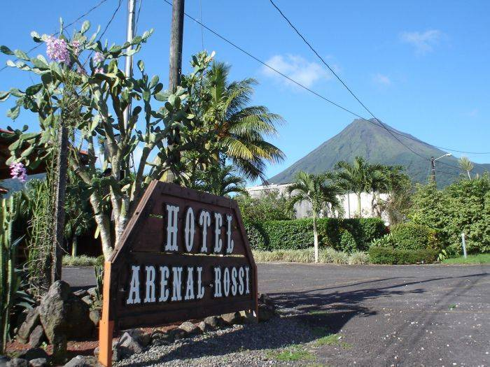 Hotel Arenal Rossi, Fortuna, Costa Rica, fast and easy bookings in Fortuna