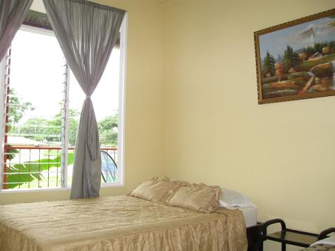 Hotel Dorothy, Fortuna, Costa Rica, guesthouses and backpackers accommodation in Fortuna