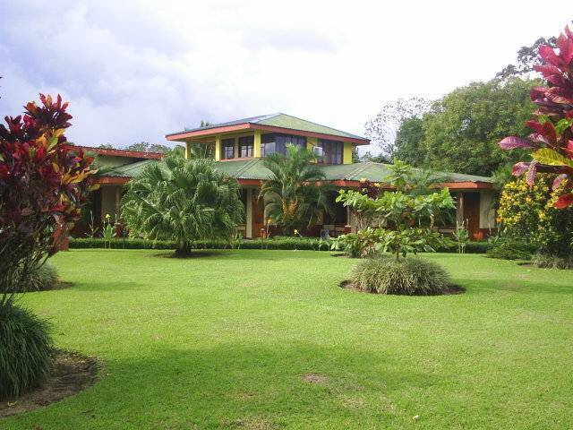 Hotel Jardines Arenal, Fortuna, Costa Rica, Costa Rica hostels and hotels