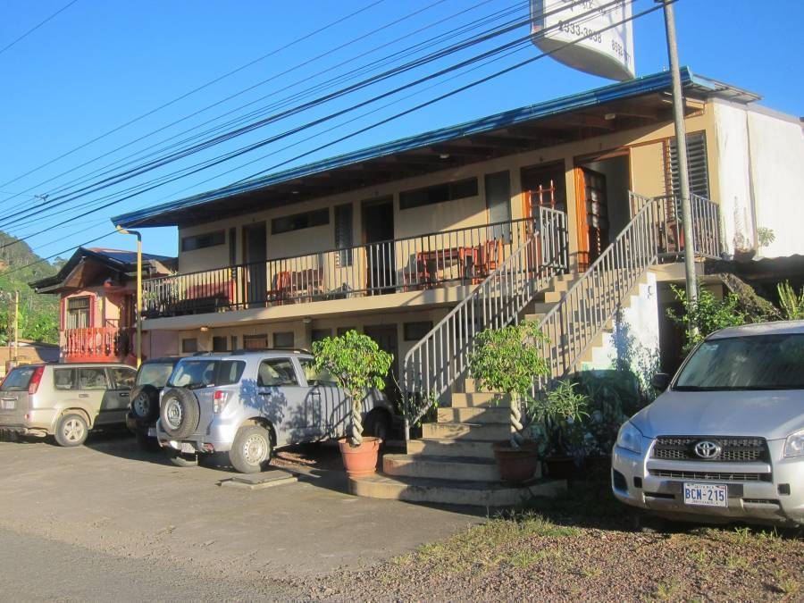 Hotel Reventazon and Guesthouse, Orosi, Costa Rica, Costa Rica hostels and hotels