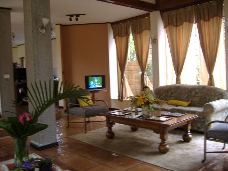 Vivis Place Bed and Breakfast, San Pedro, Costa Rica, Costa Rica bed and breakfasts and hotels